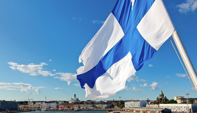 Фінляндія заборонила в'їзд для невакцинованих українців