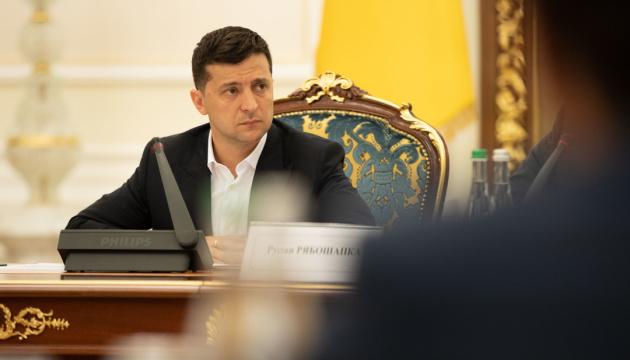 COVID-вакцина для України: Президент сказав, хто отримає пріоритет у щепленні