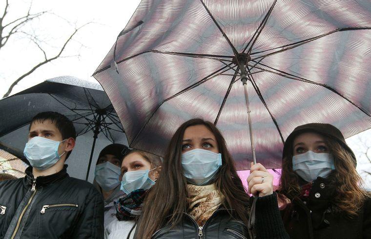 Карантин у регіонах: як бережуться від коронавірусу українці