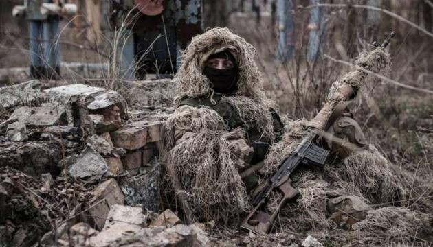 Росія посилює передові позиції на Донбасі снайперами – розвідка