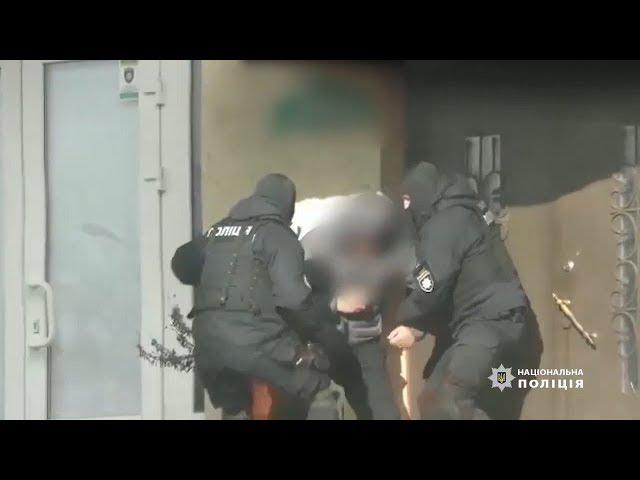 На Буковині поліція викрила злочинну групу, яка займалася підробкою паспортів країн Євросоюзу