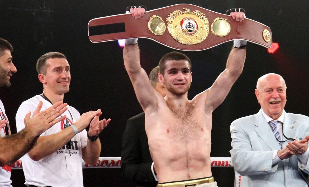 Українець Чухаджян переміг росіянина і завоював пояс WBA International