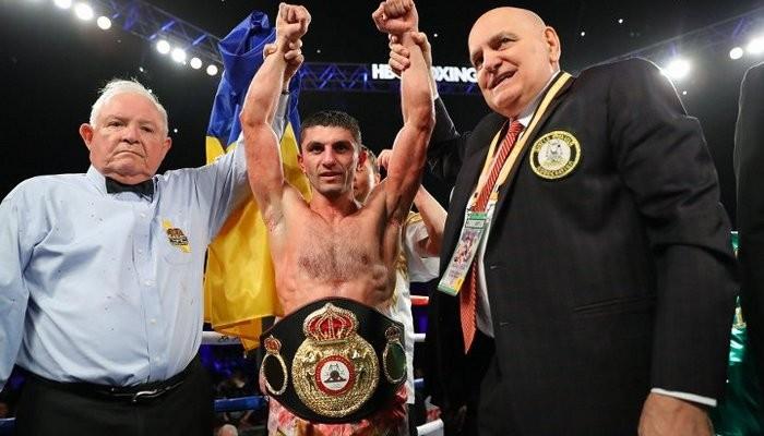 Непереможний український боксер відстояв титул чемпіона світу