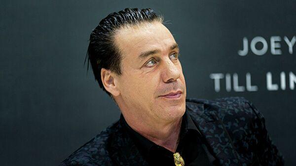 Лідер гурту Rammstein Тілль Ліндеманн заразився коронавірусом