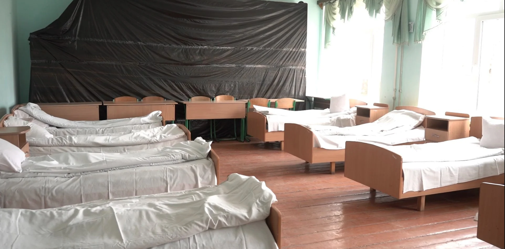 На Буковині гімназію перетворили у лікарню для інфікованих коронавірусом
