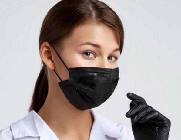 У МОЗ спростували міф про шкідливість тривалого носіння маски