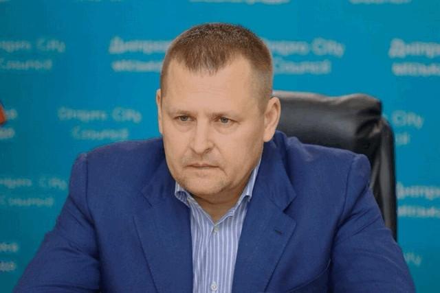 Мер Дніпра Філатов прокоментував реакцію соцмереж та ЗМІ на копання могил