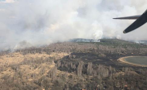 У зоні відчуження в Київській області спалахнула лісова пожежа, радіаційний фон підвищений
