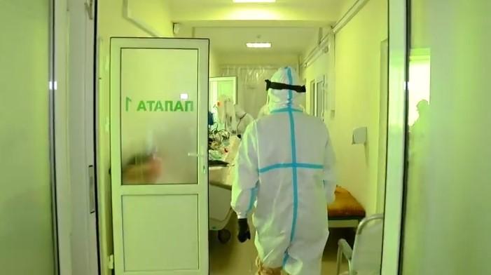 COVID-19: На Буковині 71 пацієнт у важкому стані
