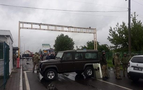 Контрольний пункт пропуску Тиса на кордоні з Угорщиною розблокували