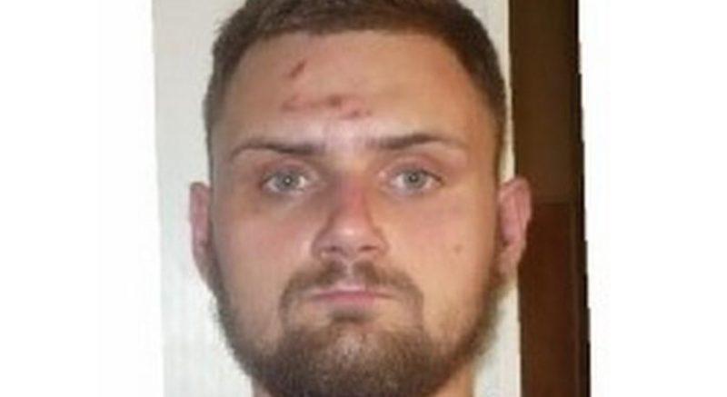 Поліція розшукує Лєкаря Артема Васильовича. Його підозрюють у скоєнні злочину