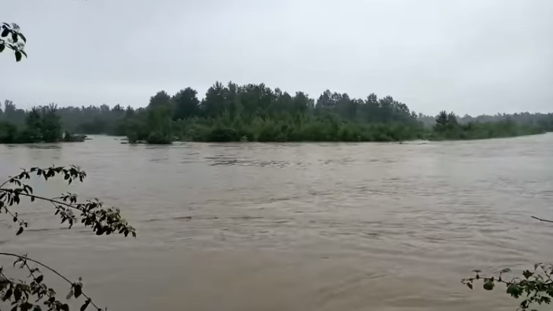 Другий небезпеки: на Буковині очікують підвищення рівня річок