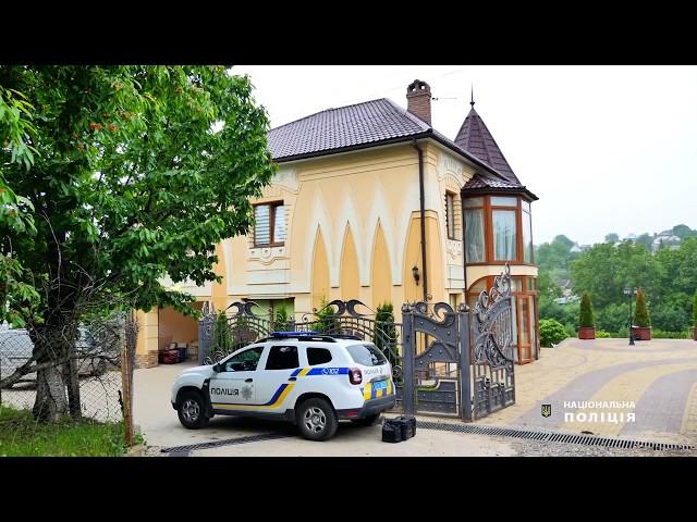 У Чернівецькій області іноземець під час спроби розбійного нападу підстрелив двох поліцейських
