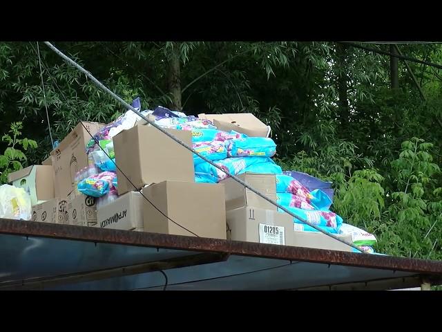 """Бояться повторення паводку 2008 року. Підприємці """"Калинки"""" та """"Добробуту"""" пакують та вивозять товар"""