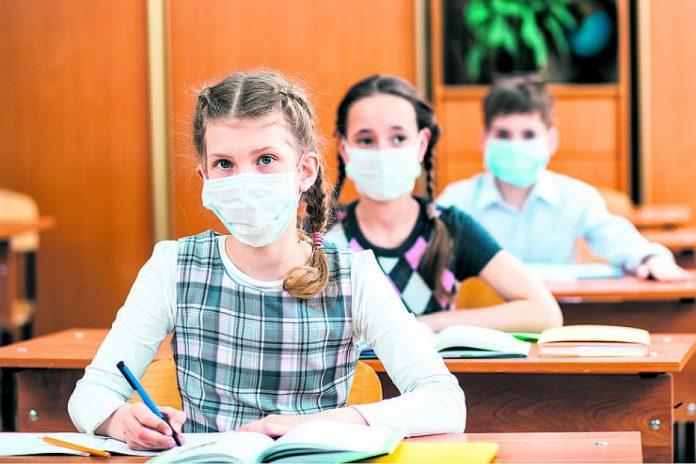 Стало відомо, як працюватимуть школи у Чернівцях після локдауну