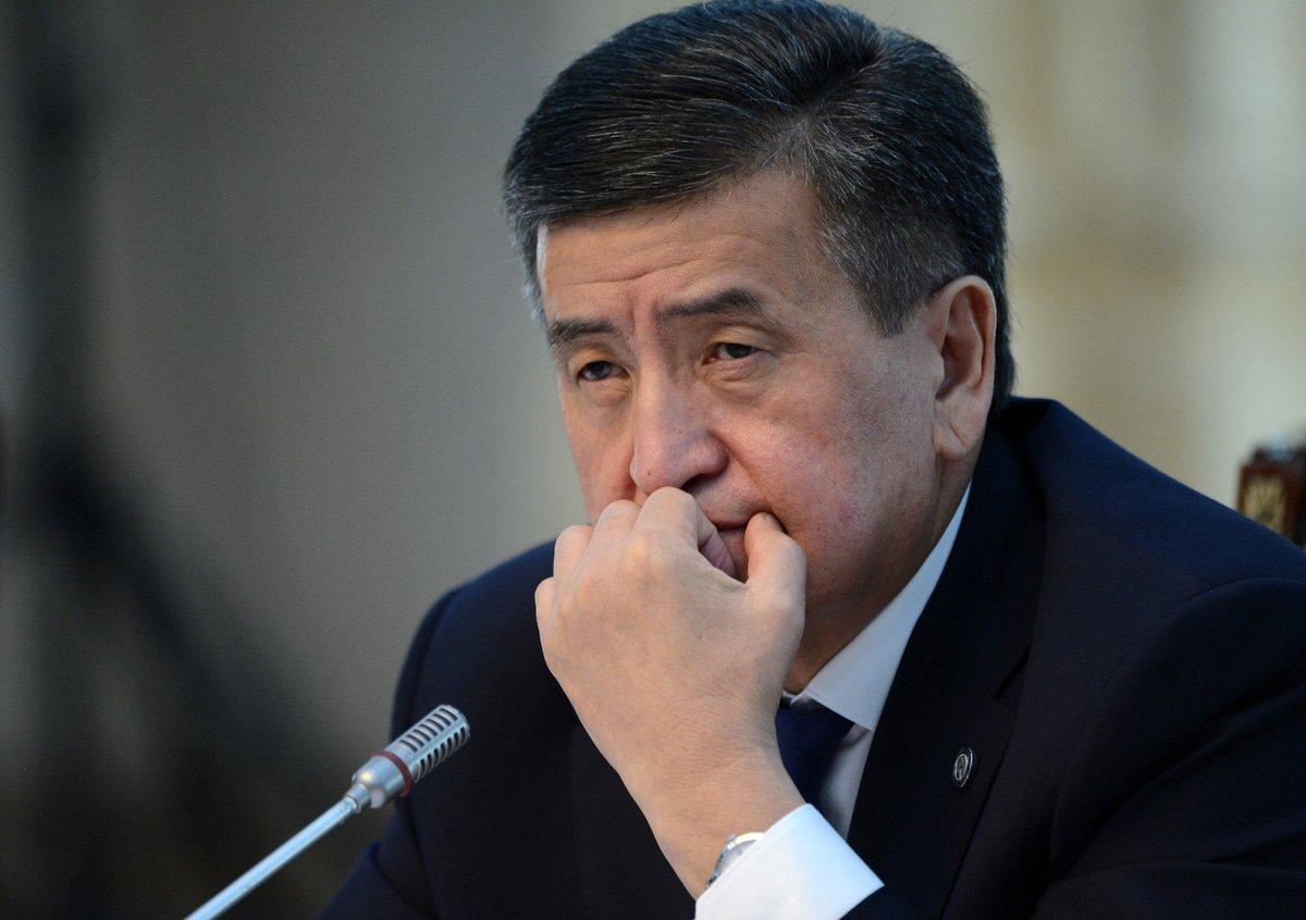 Президент Киргизстану ввів у столиці надзвичайний стан