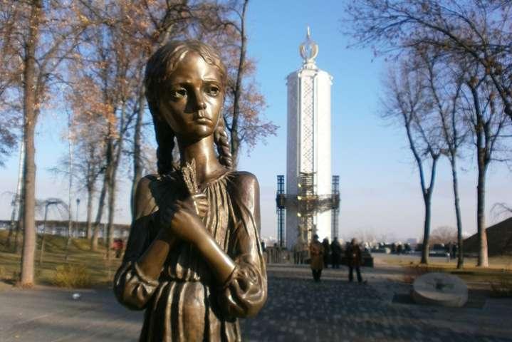 В Україні день пам'яті жертв Голодоморів