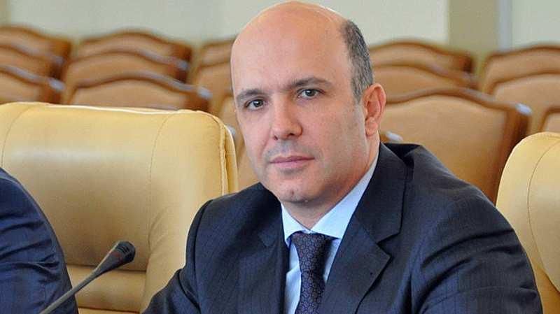 Міністр Абрамовський захворів на COVID-19