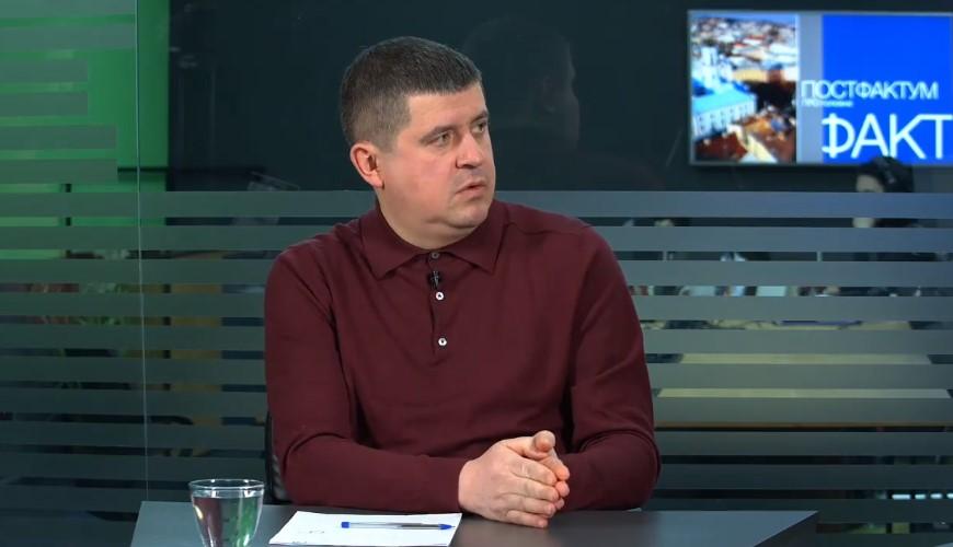Максим Бурбак: На Буковині діють три нові райради і 11 старих. Хто відповідатиме?