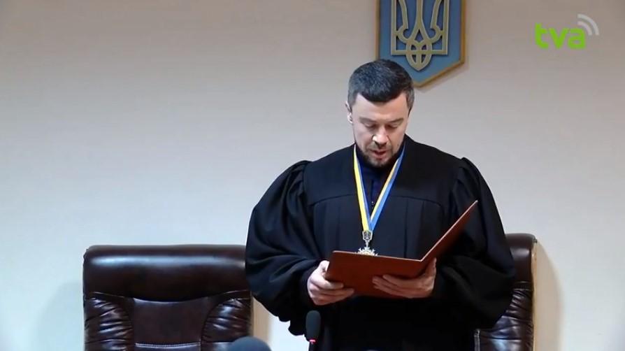 Суд відмовив Аліні Олевич у задоволенні позову щодо оскарження першої сесії Чернівецької міськради