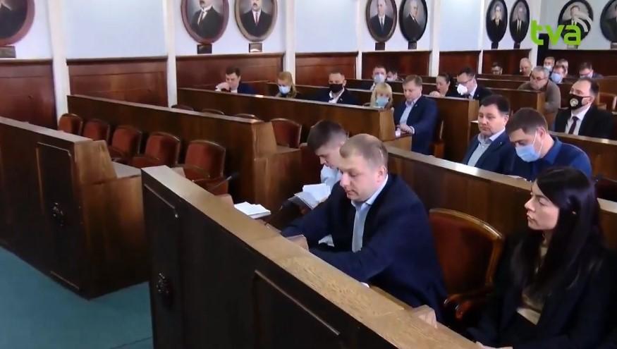 У Чернівецькій міськраді зареєстровано 5 фракцій (список)