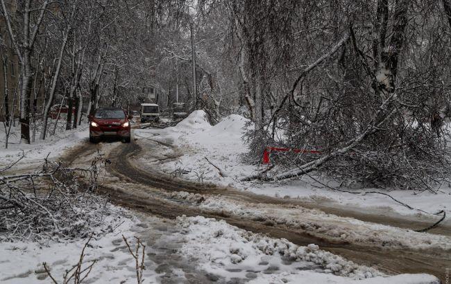 В Одесі через снігопади зупинився електротранспорт