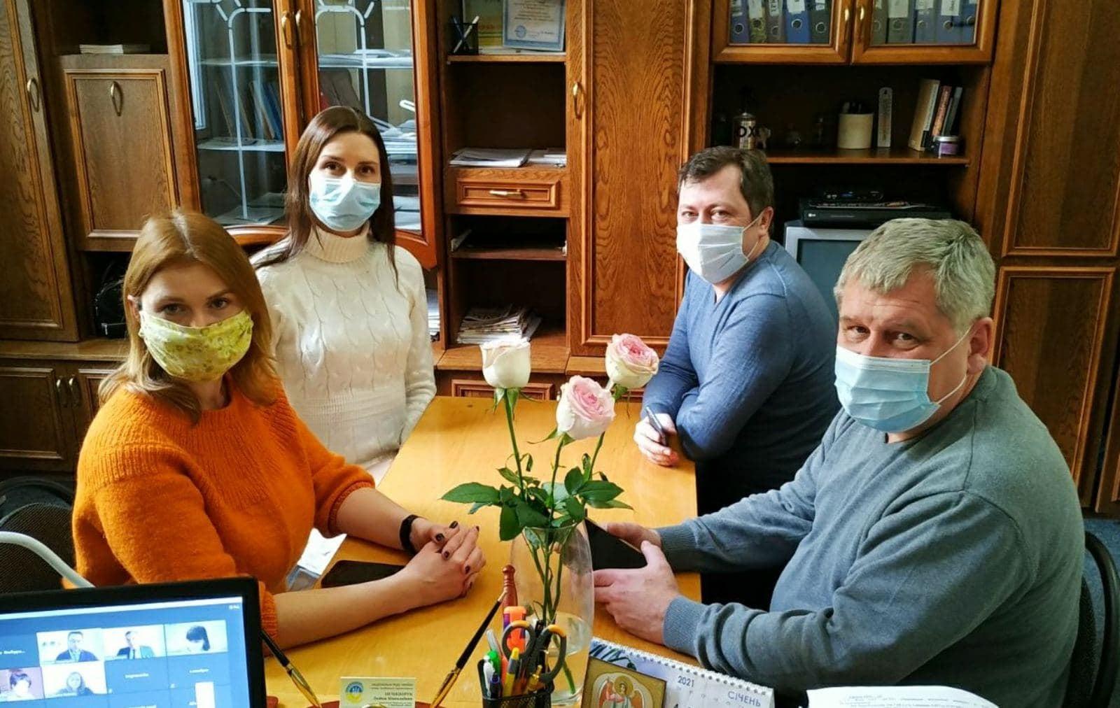 Керівники трьох буковинських мовників взяли участь в онлайн-засіданні Нацради
