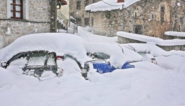 В Іспанії через снігопади загинули троє людей