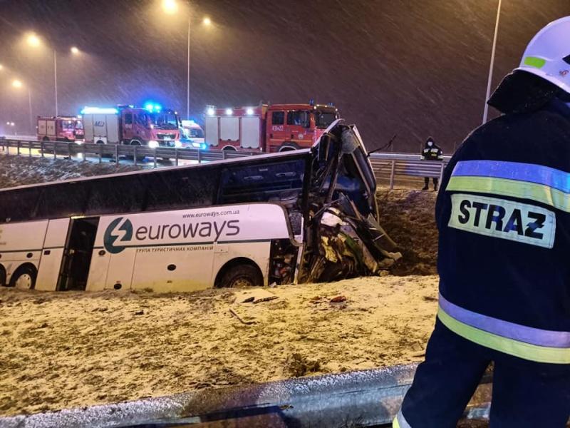 У ДТП в Польщі загинув водій з Буковини – ЗМІ