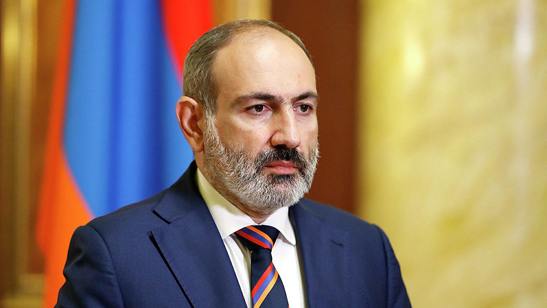 Вірменський прем'єр Пашинян офіційно подав у відставку
