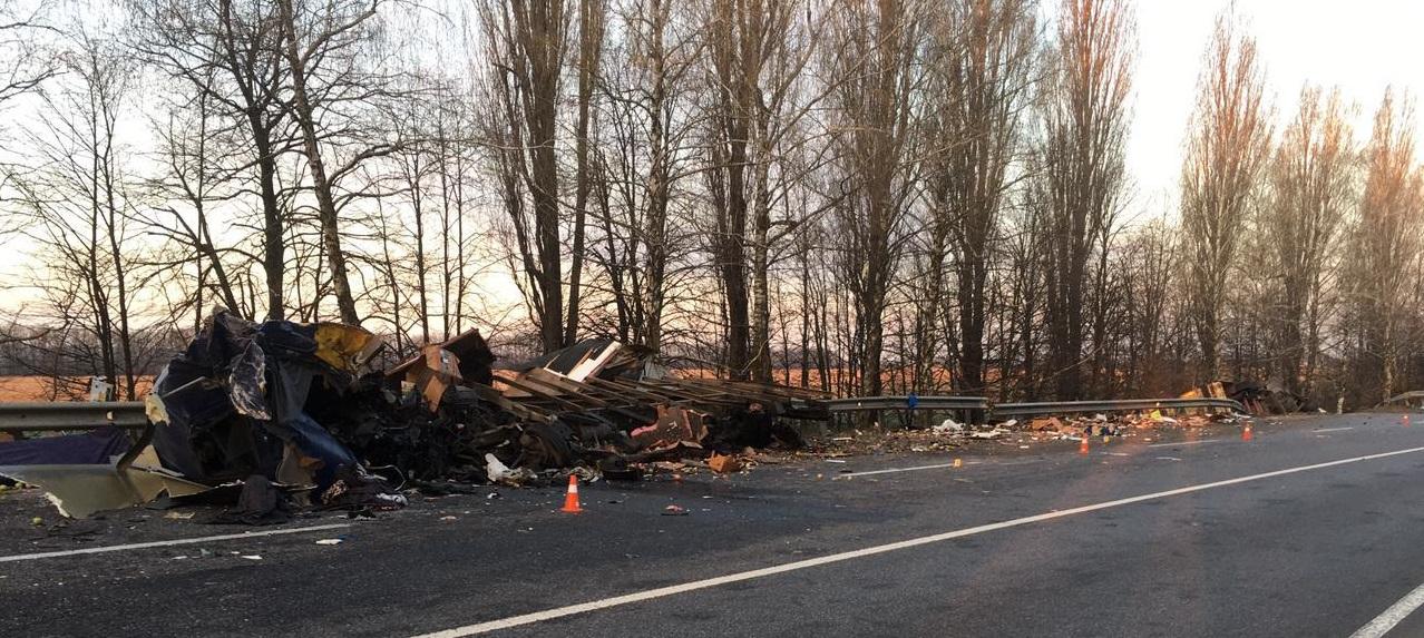 У Вінницькій області у ДТП загинув водій з Буковини