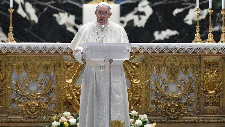 Папа Римський Франциск у Великодній промові згадав про війну в Україні