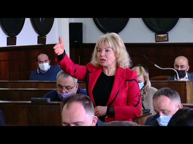 Найбільш дискусійні проєкти рішення зняли з порядку денного: засідання сесії міської ради