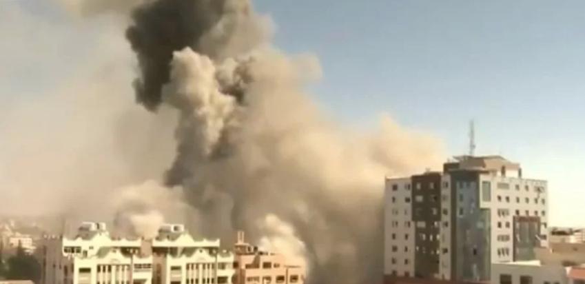 Ізраїль знищив багатоповерхівку у секторі Гази, де розташовувалися офіси міжнародних ЗМІ — відео