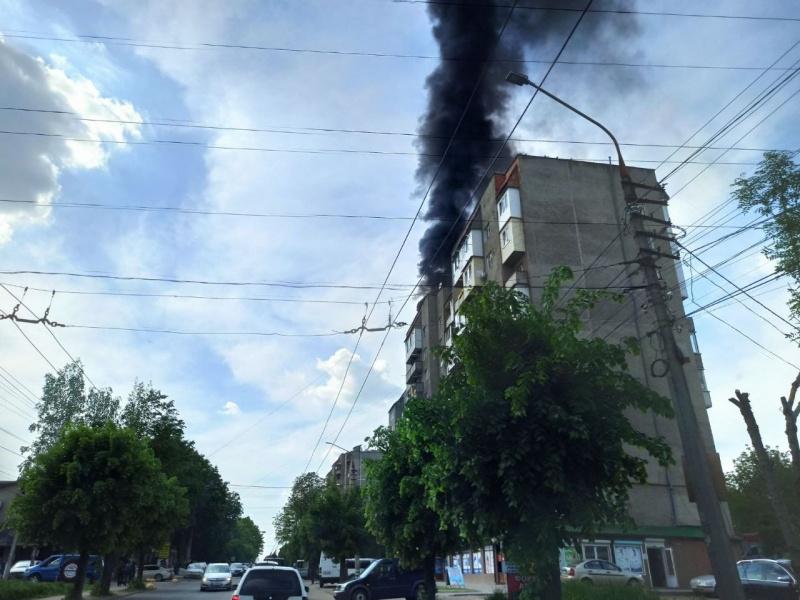 Рятувальники розповіли деталі пожежі на вулиці Руській