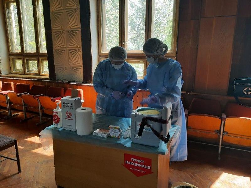 В Чернівецькому водоканалі щеплення вакциною AstraZeneca отримають близько 80 співробітників