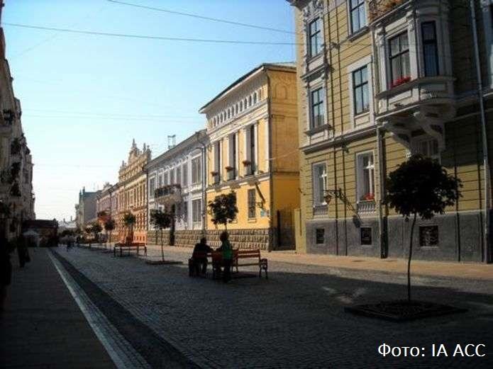 Концерти, гастро-фест та квест: в Чернівцях розпочали туристичний сезон