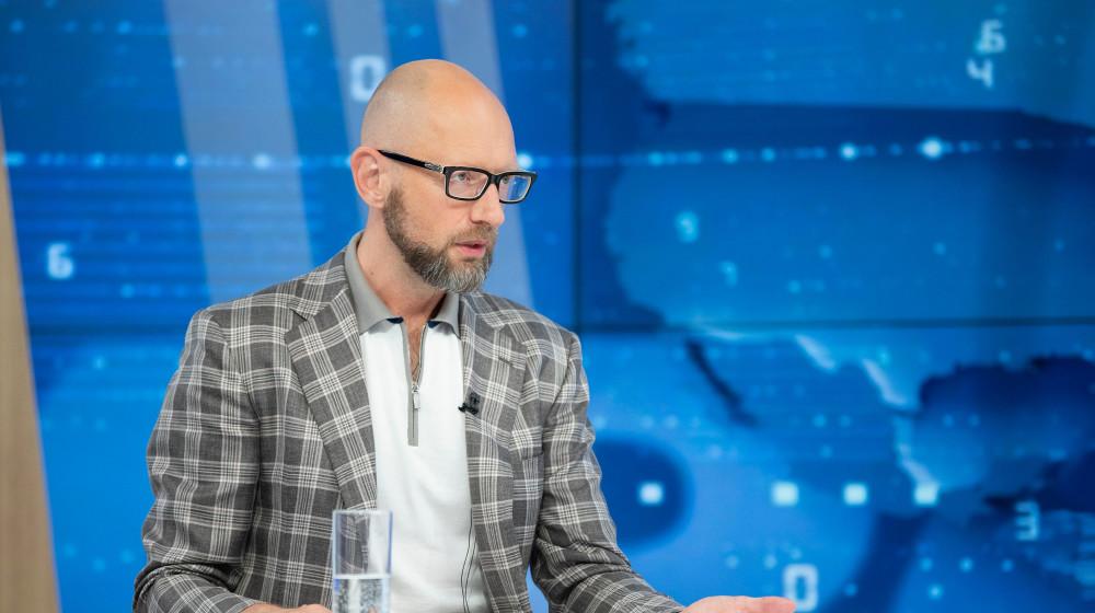За податкові новації заплатить кінцевий споживач – Арсеній Яценюк