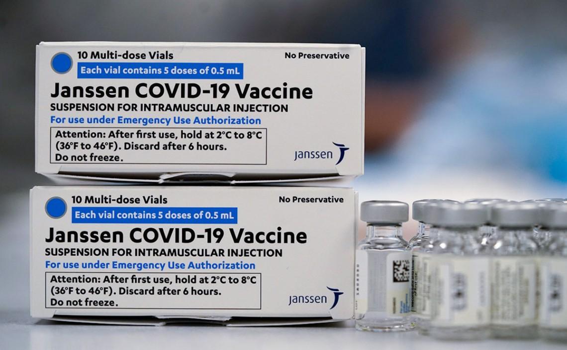 Вакцина Janssen, яку зареєстрував МОЗ, буде в Україні ще нескоро