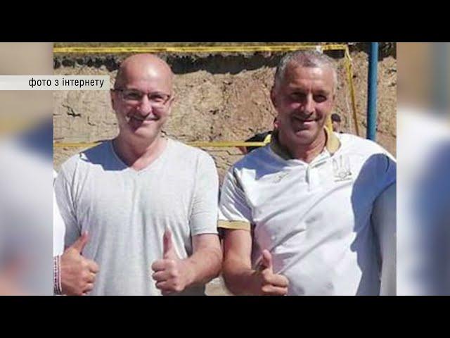Помічник нардепа від «Слуги народу» з Буковини вимагав у волонтера 5 700 доларів